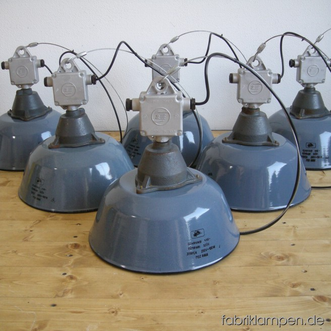 la43 graue industrielampen fabriklampen. Black Bedroom Furniture Sets. Home Design Ideas