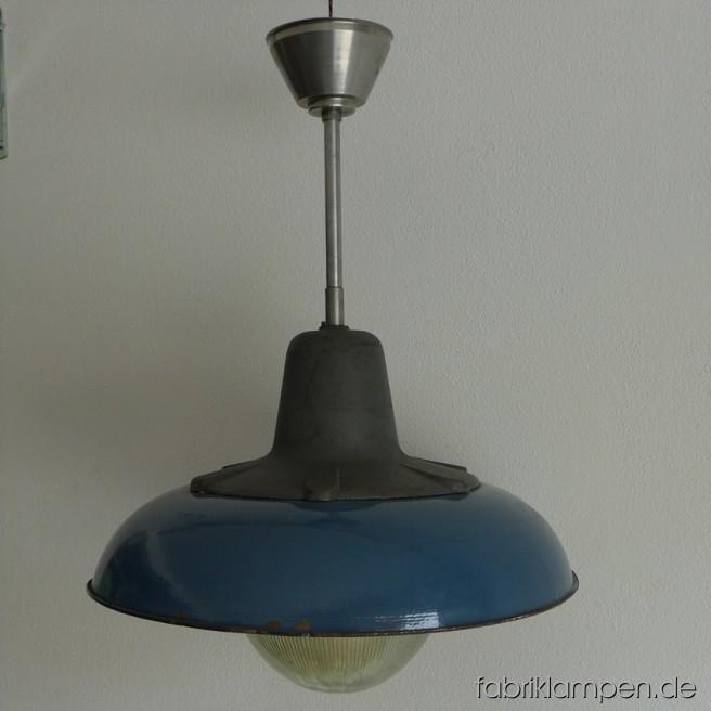 la59 riesige blaue emaille lampe fabriklampen. Black Bedroom Furniture Sets. Home Design Ideas