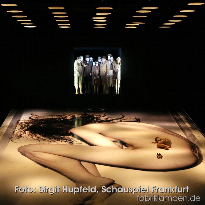 Since 20.09.2014 on stage in Schauspiel Frankfurt: Faith, hope and charity (Ödön von Horvath), above the strong scenery hang our industrial lamps. Foto: Birgit Hupfeld, Schauspiel Frankfurt – thank you very much!