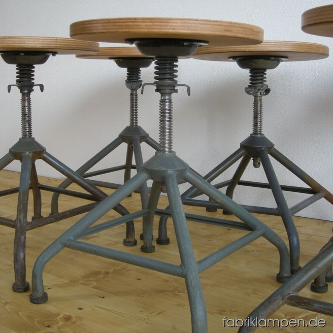 Set of 6 p. industrial stools. Nice condition, restored sits.