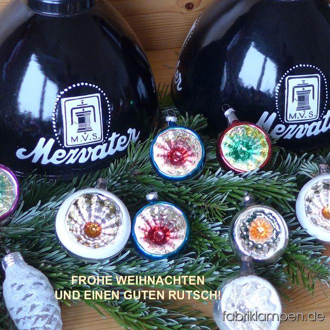 Mit diesen schönen K&M Lampen und alten Lauschaer Christbaumkugeln wünschen wir unseren Besuchern und Kunden frohe Weihnachten und ein glückliches neues Jahr! Details zu unseren Betriebsferien finden Sie hier.
