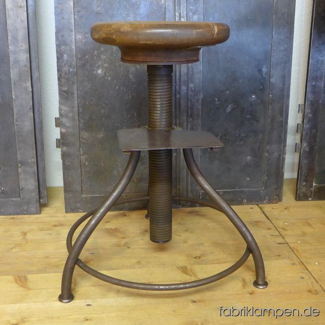 Very nice old industrial stool with oak sit. From about 1920. The pedestal is cleaned and conserved. With original oak sit, waxed. The oak massive sit is 4,5 cm (1,8 inches) thick, the diameter amounts to 29 cm (11,4 inches). Everlasting, suitable for gastronomy or for your loft-kitchen. Or as guitar stool for example. Sitting height from 49 to 72 cm.