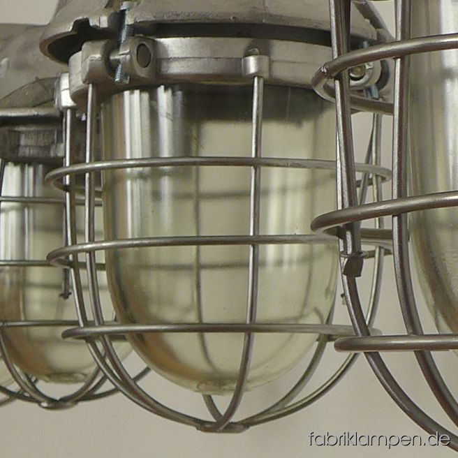 We start the new year 2019 with these nice restored old bunker lamps. We have near 100 pieces of them in stock. Further details can be found at our lamps-site.